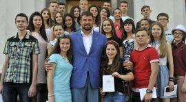 Выпускники-медалисты Донбасса делятся своими впечатлениями об экскурсии в Киев