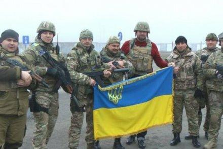 Блокада Донбасса или осада власти?